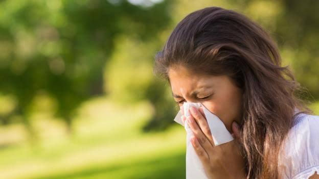 Does Your Heart Stop Beating When You Sneeze